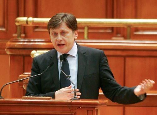 Antonescu îi invită la discuţii pe liderii partidelor parlamentare. Prima întâlnire, propusă pentru 15 noiembrie