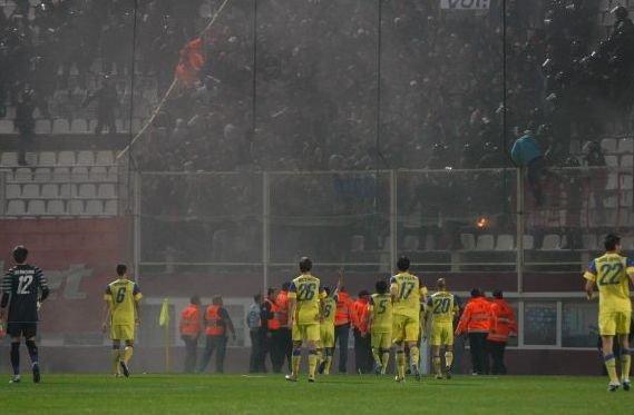 Peste 200 de suporteri, audiaţi de poliţie pentru incidentele de la Rapid - Steaua