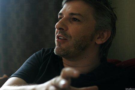Scandal în Ungaria, după ce directorul Teatrului Naţional a închiriat o sală pentru Ziua României