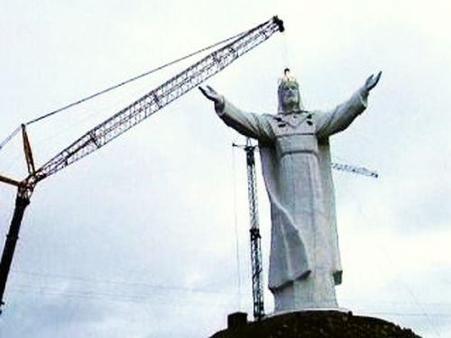 Cea mai înaltă statuie a lui Iisus, dezvelită în Polonia
