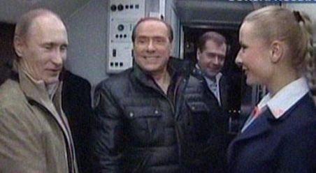 Putin, Medvedev şi Berlusconi - întâlnire la un biliard şi un film