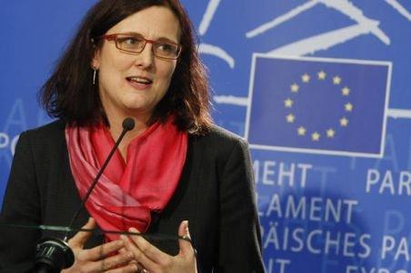UE impune păstrarea datelor personale ale internauţilor, în numele luptei anti-terorism