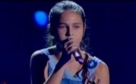 """O româncă de 14 ani cu voce excepţională a câştigat concursul italian """"Io Canto"""""""