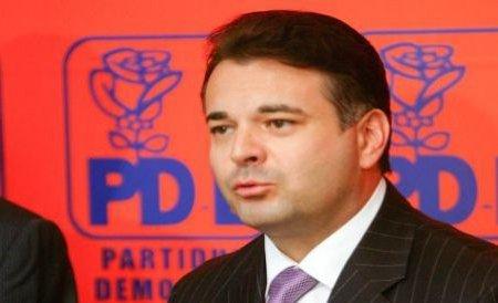 Evazioniştii din duty-free, protejaţi de deputatul PDL William Brânză