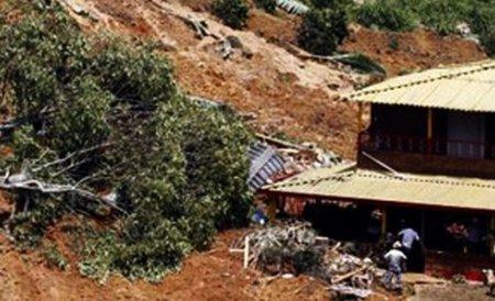 Columbia. 13 morţi şi 27 de răniţi, în urma unei alunecări de teren