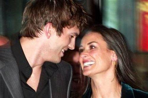 Ashton Kutcher şi Demi Moore ţin cură pentru a supravieţui foametei