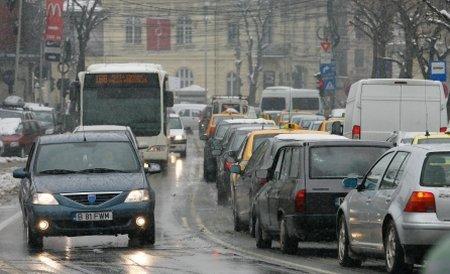 Noaptea de Revelion aduce restricţii de circulaţie în Capitală. Vezi străzile închise