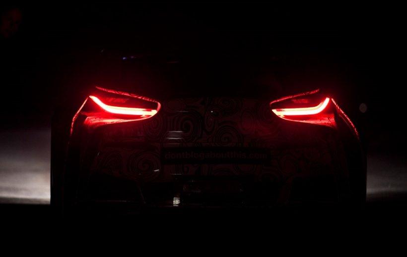 BMW Vision EfficientDynamics, filmat la Abu Dhabi fără camuflaj