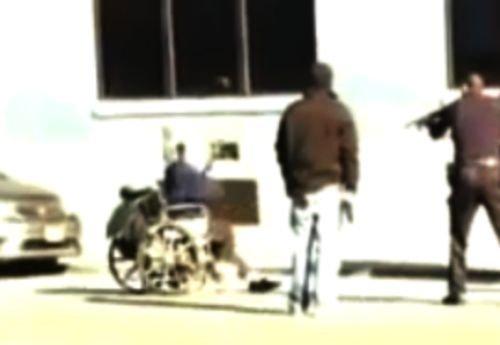 Doi poliţişti din SUA au împuşcat un bărbat invalid