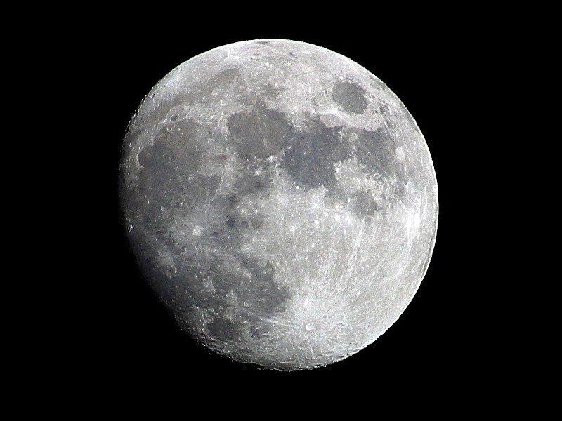 NASA: Luna are un nucleu lichid, asemănător Pământului