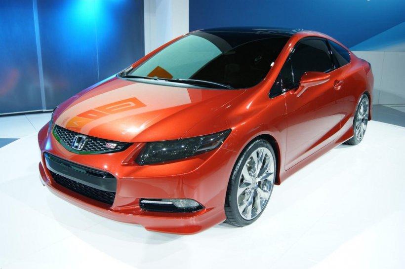 Honda surprinde audienţa de la Detroit prin conceptele Civic Si Coupe şi Civic Sedan