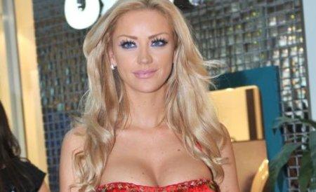 Bianca Drăguşanu s-a despărţit de Adrian Cristea
