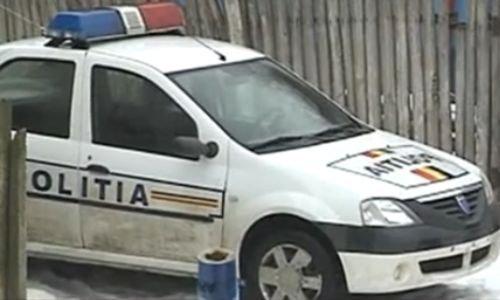 Poliţişti călcaţi de hoţi: Au rămas fără numere la singura maşină din dotare
