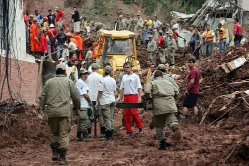 Australia şi Brazilia, devastate de inundaţii: Cea mai mare catastrofă din istoria brazilienilor