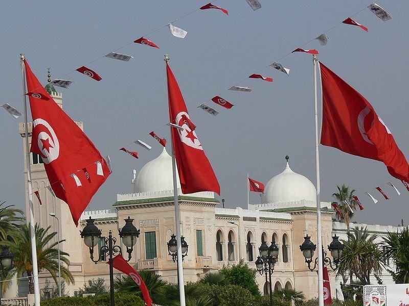 Premierul tunisian, aşteptat să anunţe noul guvern de uniune naţională