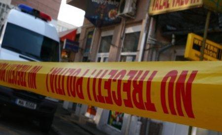 Incident armat la Reşiţa: A tras cu arma spre casieră, pentru că n-a vrut să-i schimbe o bancnotă