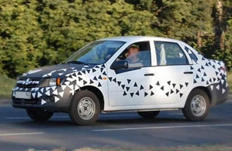 Lada Granata 2012 - primele imagini spion ale competitorului Dacia Logan