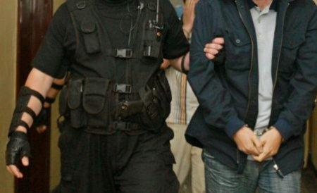 Cazul milionului de euro furat din Ploieşti: Principalul suspect, un tânăr de 16 ani, prins la el acasă