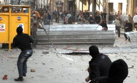 Război civil în Egipt: Cel puţin un mort şi 600 de răniţi, în urma violenţelor - IMAGINI LIVE