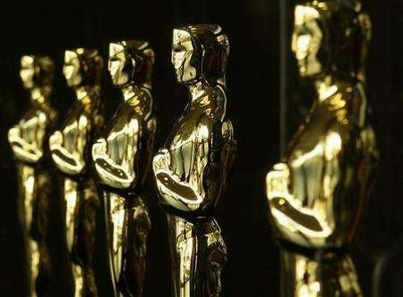 Gwyneth Paltrow şi Mandy Moore vor cânta la gala premiilor Oscar