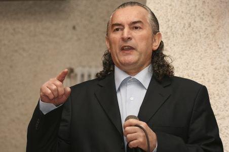 Miron Cozma: Ministrul Ariton, vinovat de moartea minerilor de la Uricani. Nu fac investiţii pentru modernizare