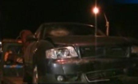 Interlopii din Piatra Neamţ s-au ciocnit la Bacău. Două persoane au ajuns la spital