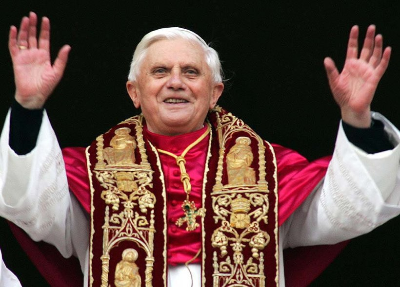 Papa Benedict: Evreii nu sunt vinovaţi pentru moartea lui Iisus