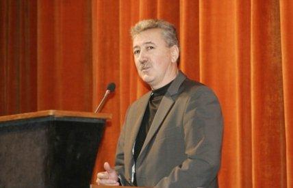 Directorul general de la Aeroportul Kogălniceanu, acuzat că măsluieşte concursurile de angajare