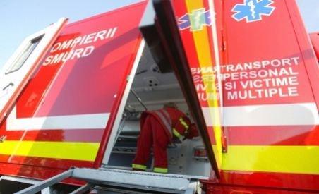 Muncitorul prins sub un mal de pământ la Mihăileşti a fost salvat
