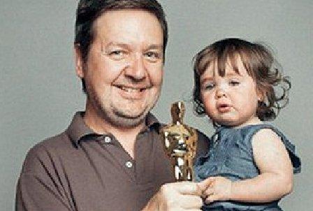 """Oscar accidentat de fetiţa unuia dintre producătorii filmului """"The King's Speech"""""""