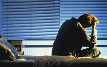 Peste un milion de români suferă de insomnie