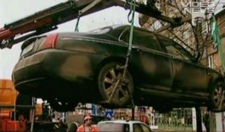 Firmele care ridică maşini în Bucureşti, din ce în ce mai prospere