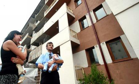 Ţepe imobiliare de la stat: ANL nu a predat locuinţele la 37 de familii