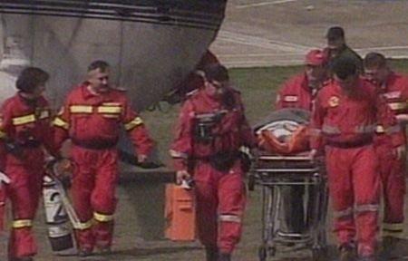 Una dintre victimele accidentului din Iaşi, adusă cu elicopterul la Bucureşti