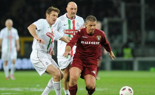 Legendele lui Juventus şi AC Torino s-au întâlnit într-un meci amical caritabil