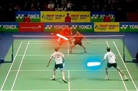 Joacă badminton cu săbiile laser din Star Wars
