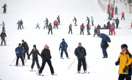 În Premieră: Guvernul alocă bani mulţi pentru pârtii de schi care să concureze cu cele din Austria