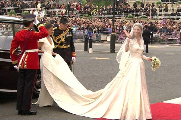 Rochia De Mireasă A Lui Kate Middleton Un Succes Marca Alexander