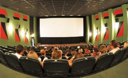 Câteva recomandări cinematografice, pentru cei care rămân în Bucureşti de 1 Mai