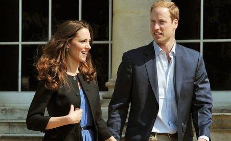Prinţul William şi soţia sa au petrecut după nuntă, fără presă şi fără regină