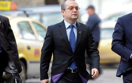 Emil Boc: România, pe drumul bun. Noul Cod al Muncii este eficient