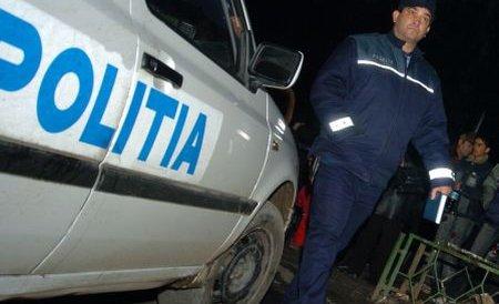 Mai mulţi poliţişti, surprinşi la furat într-un magazin din Capitală