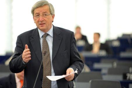 Oficialii europeni, despre părăsirea zonei Euro de Grecia: Este stupid