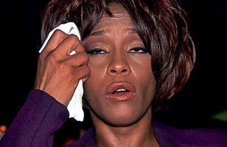 Whitney Houston are probleme cu drogurile: A fost internată într-o clinică de dezintoxicare