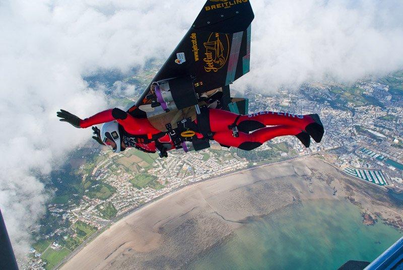 Yves Rossy, omul-rachetă, a zburat deasupa Marelui Canion