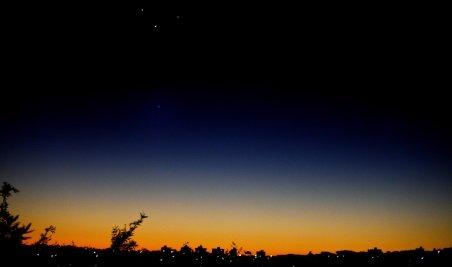 Fenomen astronomic rar: Şase planete stau aliniate pe cerul Australiei