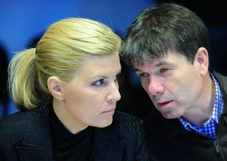 Udrea şi Scripcaru, noii vicepreşedinţi PDL care au obţinut cele mai multe voturi - câte 1102