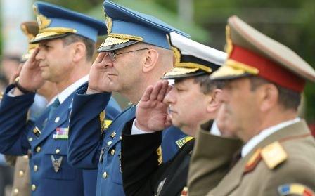 112 cadre militare, trimise în judecată pentru fraudarea unor concursuri