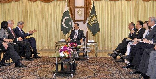 Pakistanul şi SUA îşi unesc forţele în combaterea terorismului