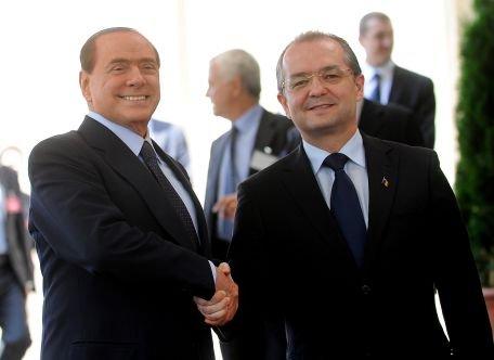 Berlusconi: Îl felicit pe domnul premier pentru modul în care Guvernul a adoptat nişte măsuri dure